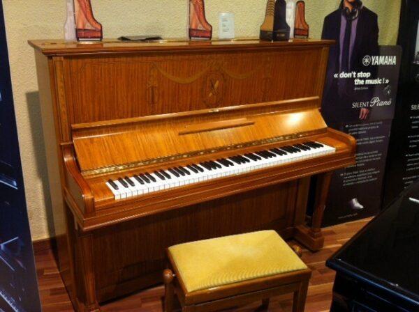 PIANO GAVEAU RESTAURADO