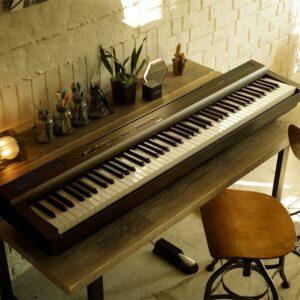 PIANO YAMAHA P-125-B